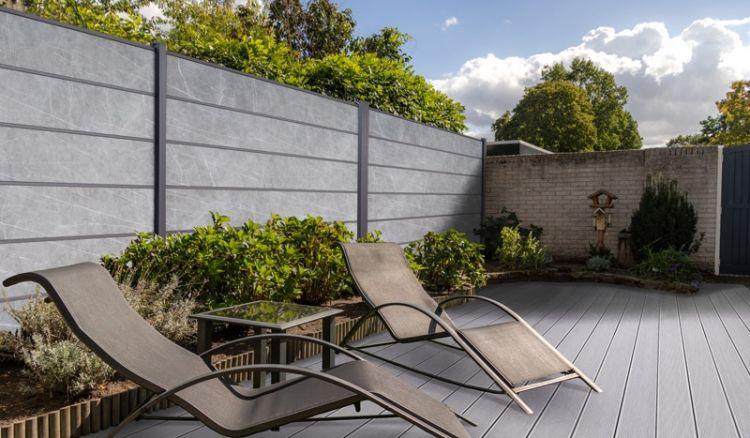 Pflegeleichter Sichtschutz aus bruchfestem Steinlamellen und Aluminiumleisten im Dekor: Granit