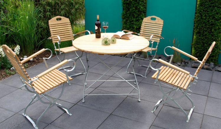 Die Biergartenmöbel Visby sind auch mit grünem pulverbeschichtetem Stahlgestell erhältlich.