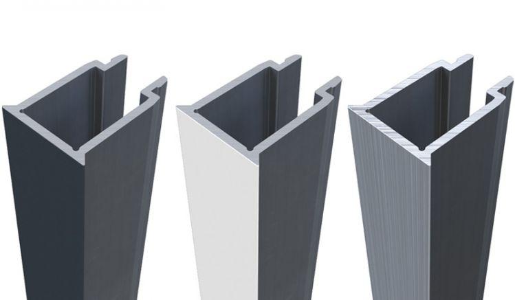 Füllprofile der Eno-Aluminiumpfosten. Passend zu allen Größen in den Farben Anthrazit, Weiß und Eloxal Silber erhältlich.
