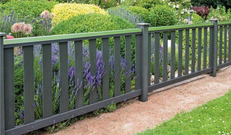 Der Gartenzaun Grube ist in zwei verschiedenen Farben erhätlich: Braun und Anthrazit.