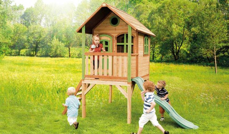 """Kinderspielhaus """"Anika"""" mit Treppe und Rutsche, TÜV-geprüft, im Format von 172 x 315 x 270 cm aus FSC Holz-ist der perfekte Gartenspielplatz für die Kleinen."""