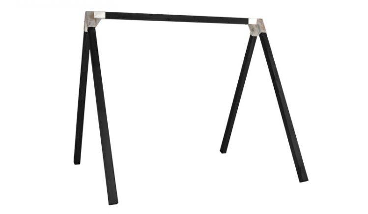 Sehr stabiles 268 x 260 x 225 cm Schaukelgestell aus druckimprägniertem und schwarz farbgrundiertem Leimholz