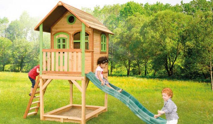 """as Spielhaus mit Sandkasten """"Vivien"""" ist TÜV-geprüft und hat alles was Kind sich wünscht: Veranda, Rutsche und zusätzlich einen Sandkasten."""
