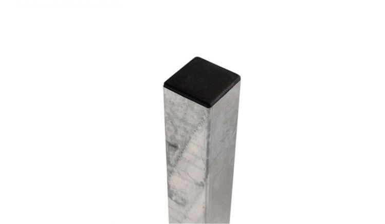 Mit einer Wandstärke von 2 mm sorgt der Stahlpfosten für eine ausrecihende Stabilität.