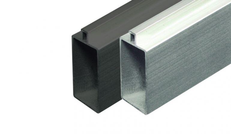 Start- und Abschlusset aus pflegeleichtem Aluminium für WPC-Steckzäune. Maß: 179 x 2 x 4 cm. Anthrazit o. Silber
