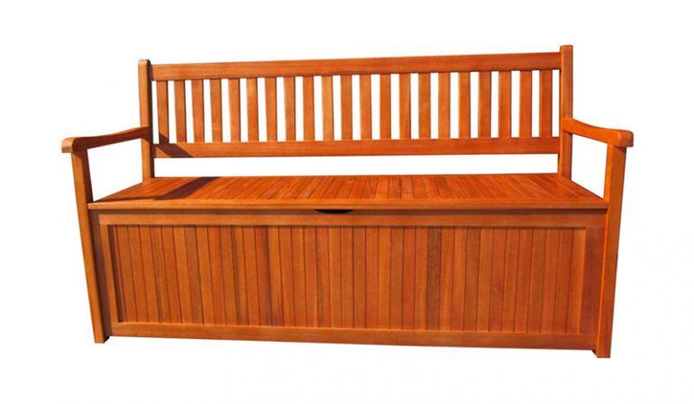 Symbiose aus Nutzen und Komfort: Praktische 150 cm Banktruhe aus geöltem Akazienholz mit integriertem Staukasten für Auflagen und Polster