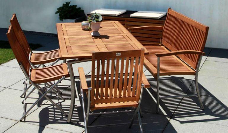 Gartenmöbel Vancouver mit Tisch Victoria II; Gartenstuhl Vancouver I; Gartenbank Vancouver und Gartenstuhl Vancouver II