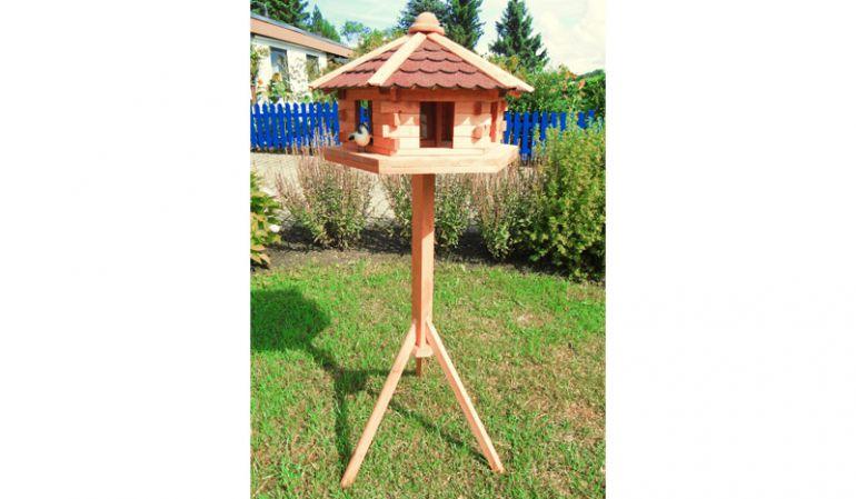 """Unser Vogelhaus """"Orlau"""" ist wahlweise mit oder ohne Ständer erhältlich. 59 x 50 x 38 cm"""