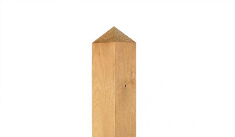 Der Pfosten aus Robinie mit den Maßen 9 x 9 x 100 oder 200cm passend zu unseren Zäunen aus Robinie