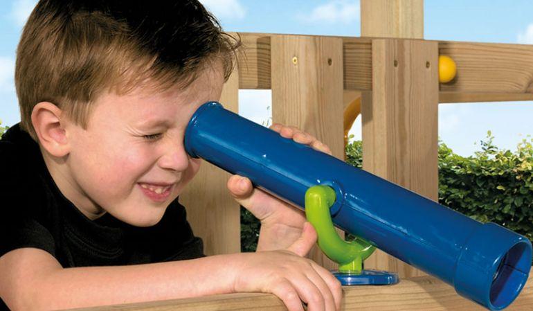 Mit diesem Spielzeug Teleskop behältst du alles im Blick. Wenn es dunkel wird, kannst du die Sterne ansehen.