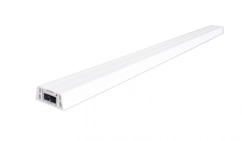 Der 6 x 2,5 x 250 cm Zaunriegel aus Kunststoff mit Alukern im Detail