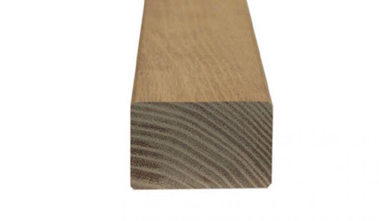 Die Zaunriegel aus hochwertiger sibirischer Lärche im Maß 2,7 x 5,5 x 180 cm eignen sich ideal zum Einsatz als Querlatten beim Zaunbau.